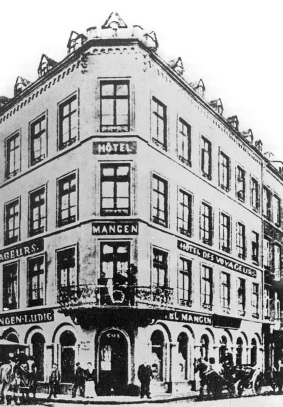 1882-1979